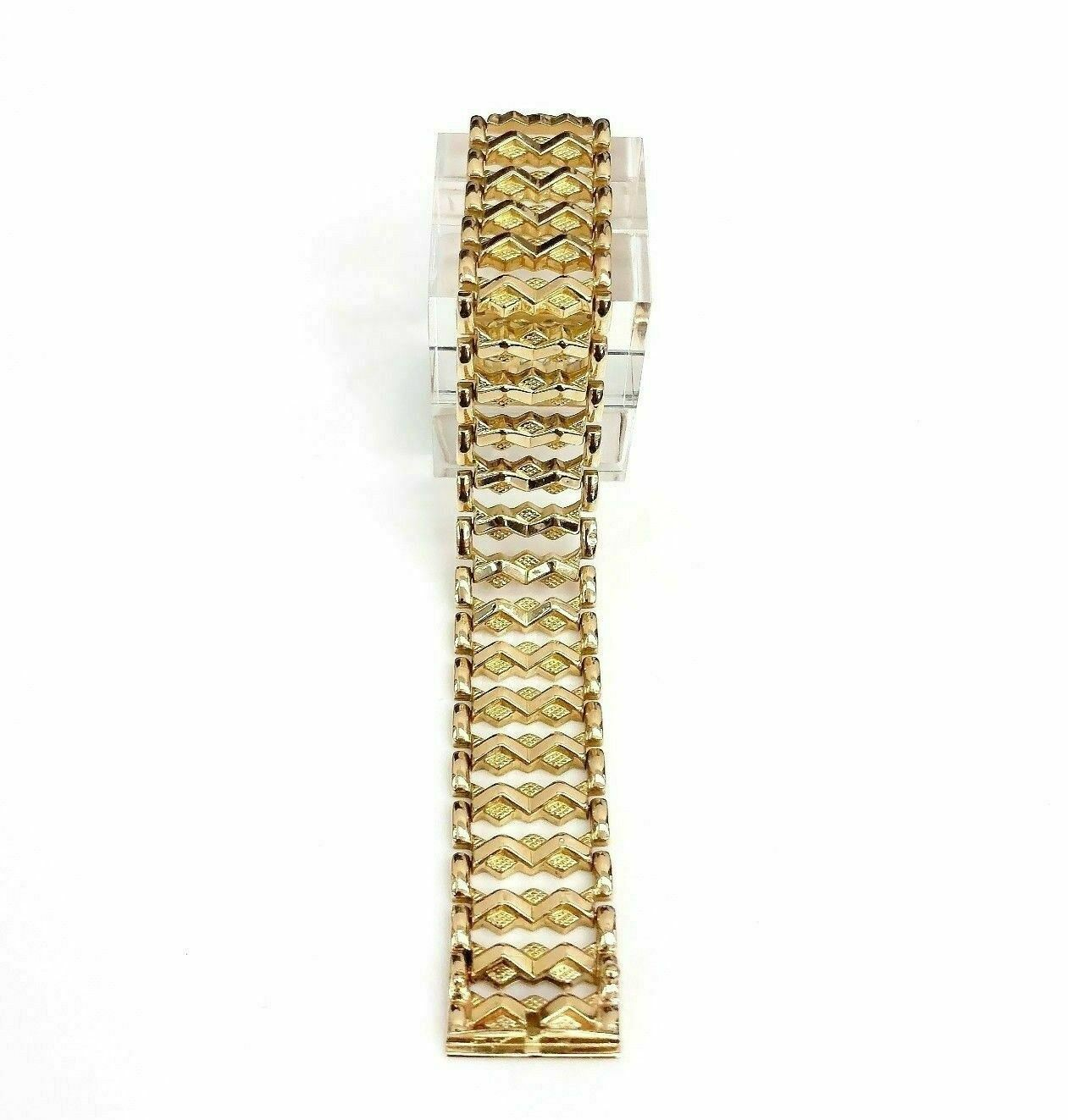 18K Yellow Gold Vintage Bracelet 0.70 Inch Wide 7.50 Inches