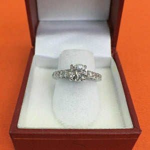 2.22 Carats t.w. Diamond Wedding/Engagement Ring 18K Gold 1.12 Carat Center