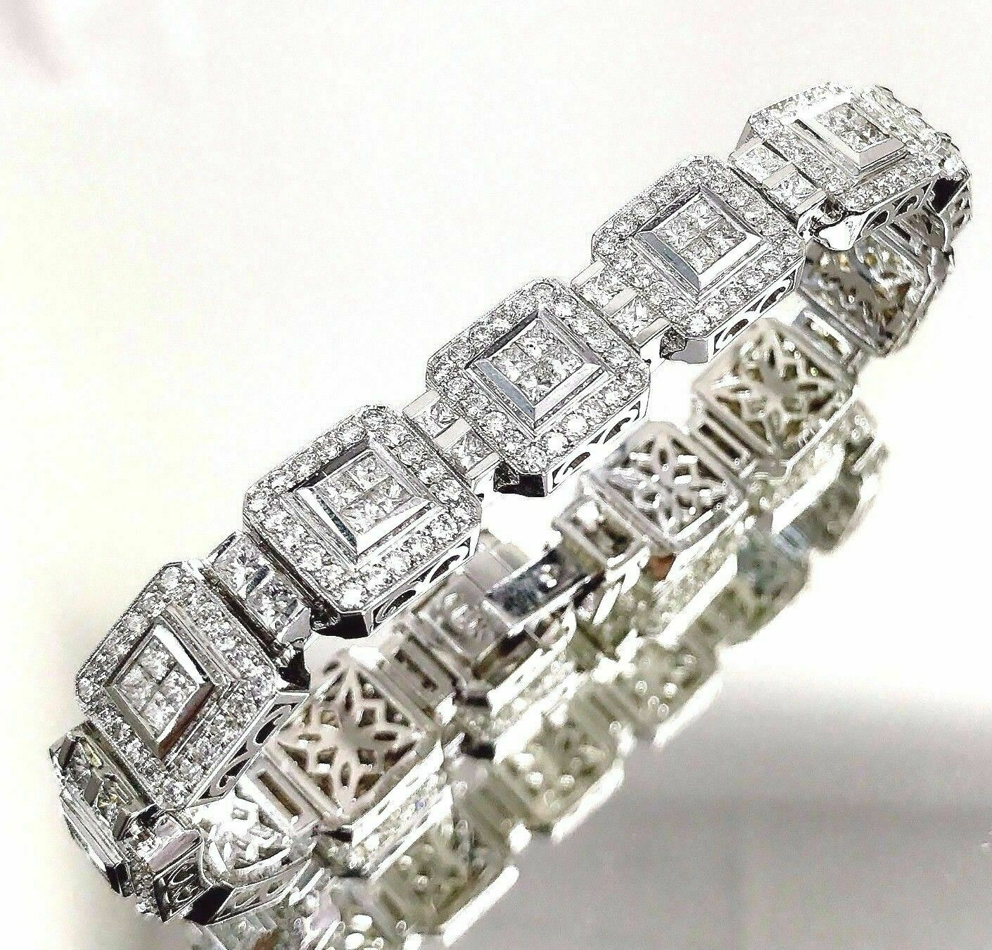9.10 Carats t.w. Grand Diamond Tennis Bracelet G VS Diamonds 18K Gold 51 Grams
