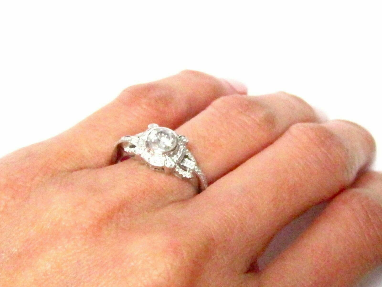 .67 TCW Round Cut Diamond Solitaire Engagement/Anniversary Ring Size 7 G I-1 14k