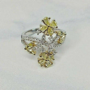 1.37ct - 18k White Gold Natural Fancy Color Pear & Round Diamond Ring