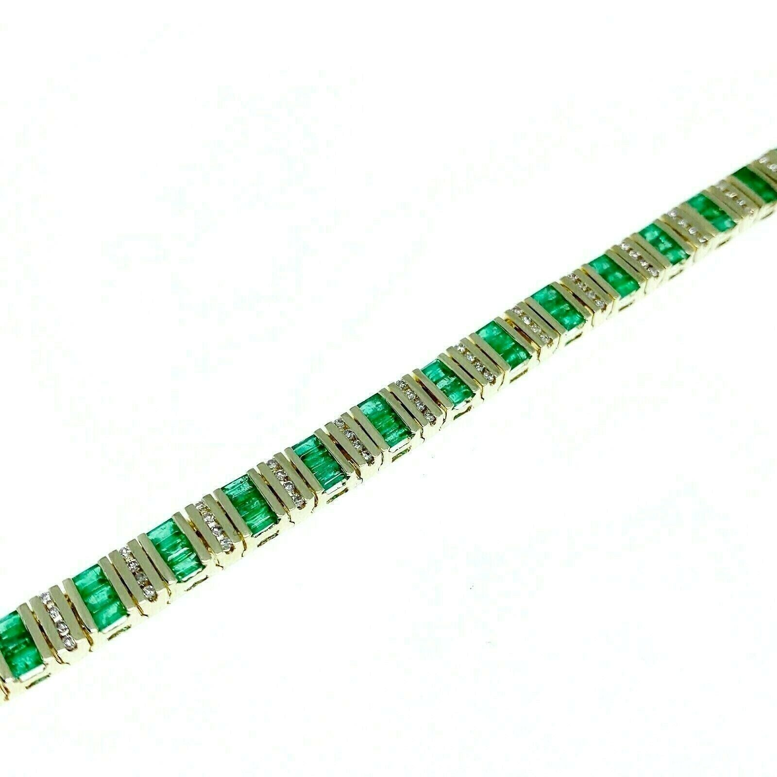 5.25 Carats t.w. Emerald and Round Diamond Tennis Bracelet 14K Yellow Gold 6MM