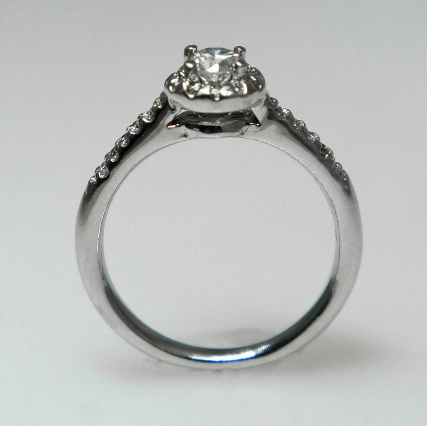 .95 TCW Round Cut Diamond Solitaire Engagement Ring 14K White Gold