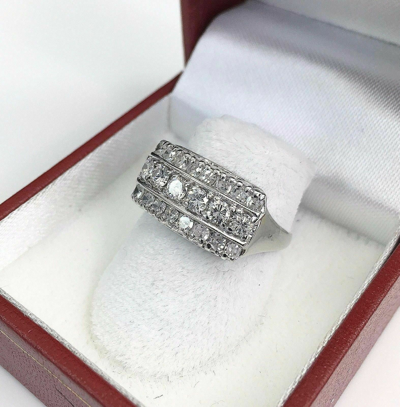 1.40 Carats t.w. Diamond Anniversary/Wedding Ring 14K Gold 3.8 Grams Brand New