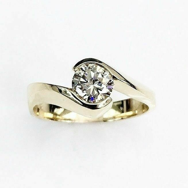 0.53 Carats Round Brilliant Cut Diamond Solitaire Wedding Ring 14K Yellow Gold