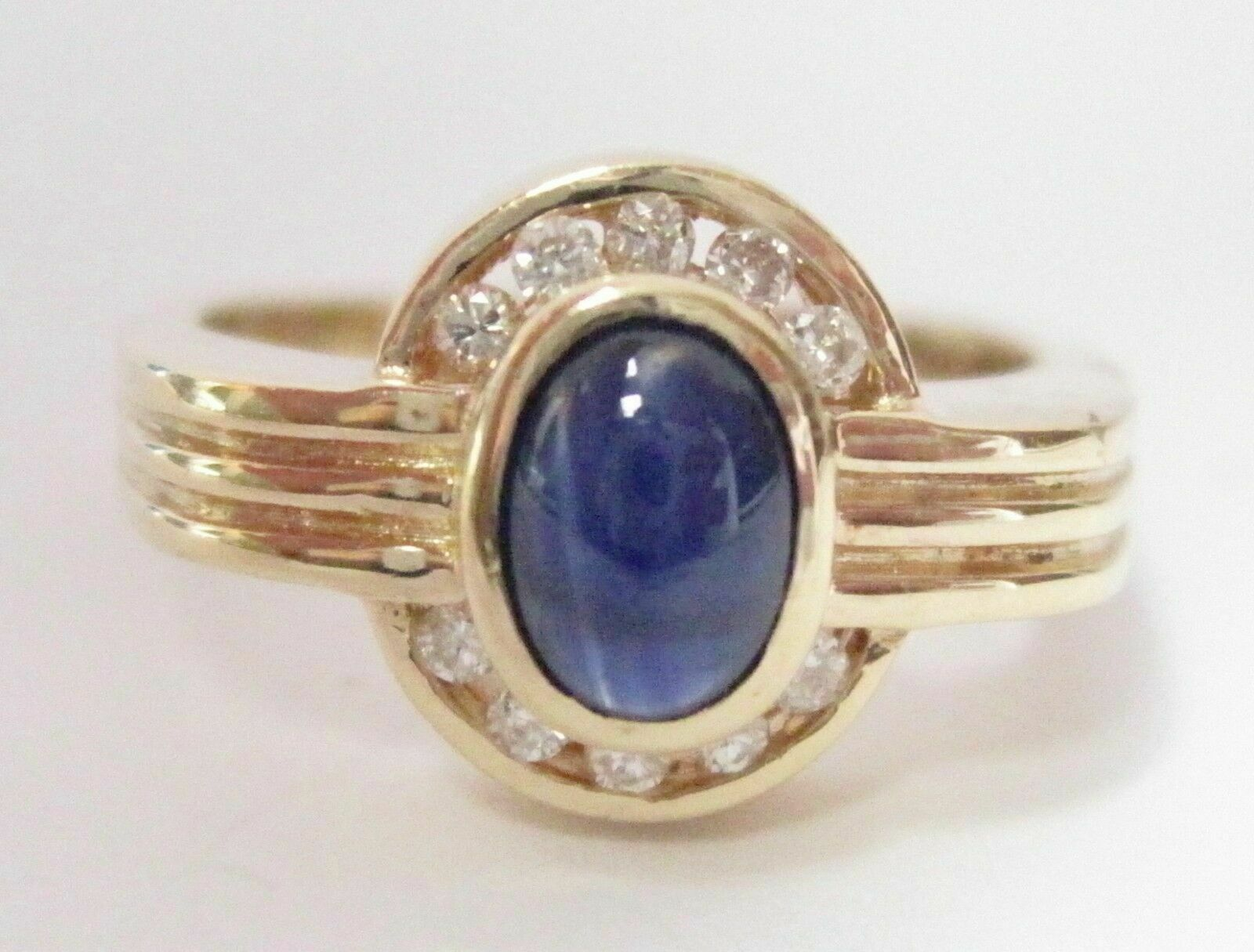Fine Natural Oval Cut Blue Sapphire Diamond Ring Size 6 14kt WG