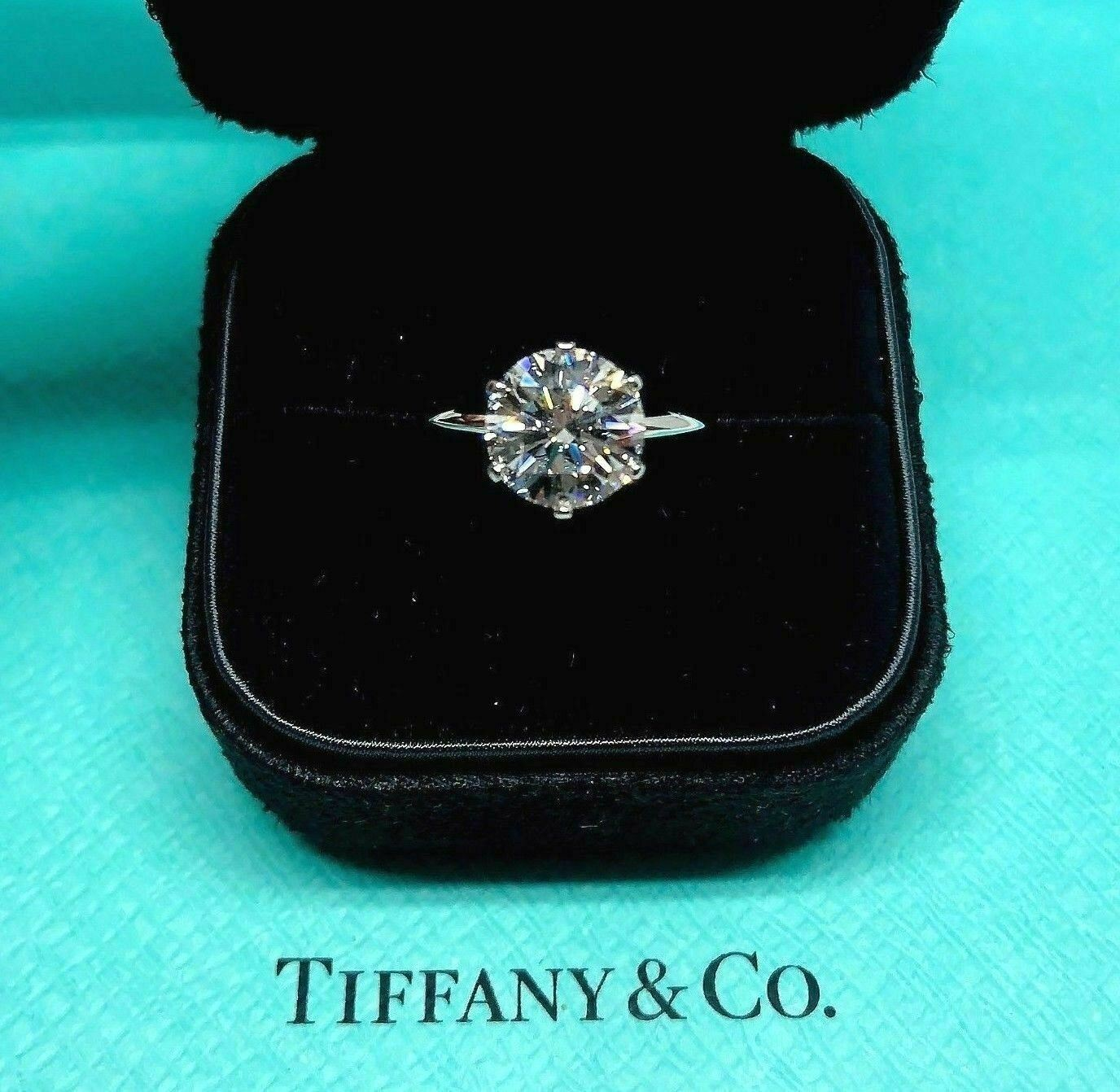 Tiffany & Co. 2.75 Carats E VS1 Round Diamond Platinum Solitaire Ring