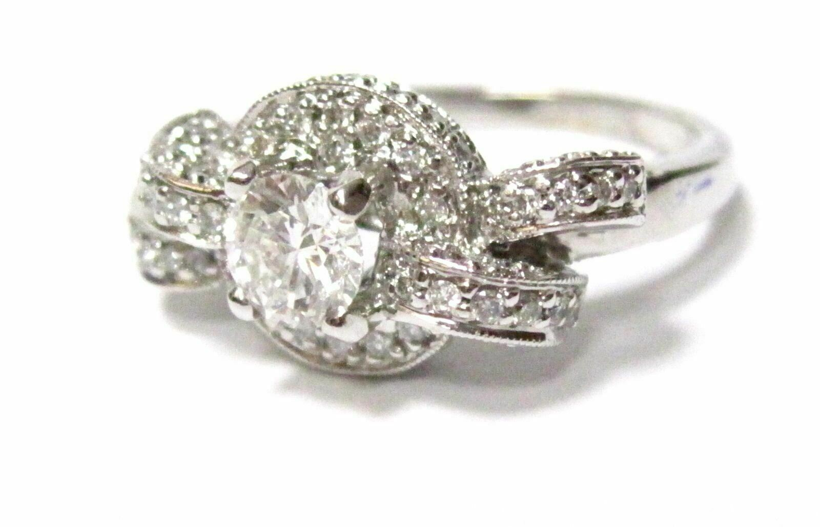 1.10 TCW Round Cut Solitaire Diamond Engagement Ring Size 7 I VS2 14k White Gold