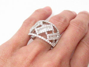 1.55 TCW Round & Baguette Cut Cocktail Diamond Ring Size 7 G VS1 14k White Gold