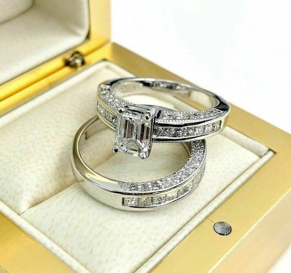 3.26 Carats t.w. Diamond Wedding Set Center 1.01 Carat Emerald GIA G VS1 Center