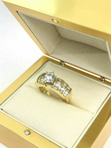1.65 ct Round Solitaire Diamond Baguette Accents 14K yellow Gold Engagement Ring