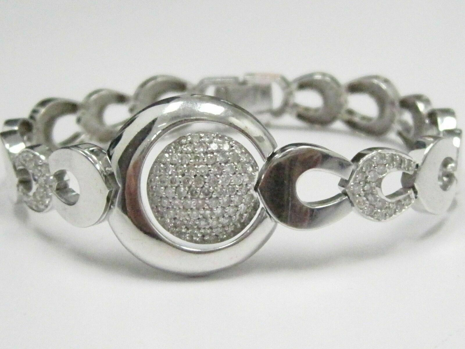 2.0 TCW Round Brilliant Cut Diamond Micro Pave Circles Bracelet 14kt White Gold