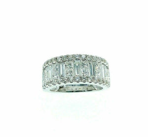2.61 Carats t.w. Diamond Anniversary Ring 18K Gold G VS Diamonds 9mm Width