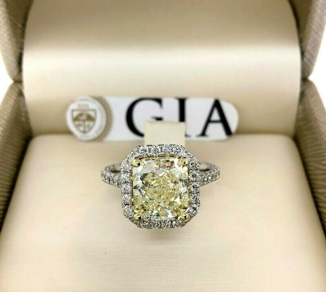 3.76 Carats GIA Radiant Fancy Yellow VVS1 Halo Diamond Wedding Ring 3.14 Center