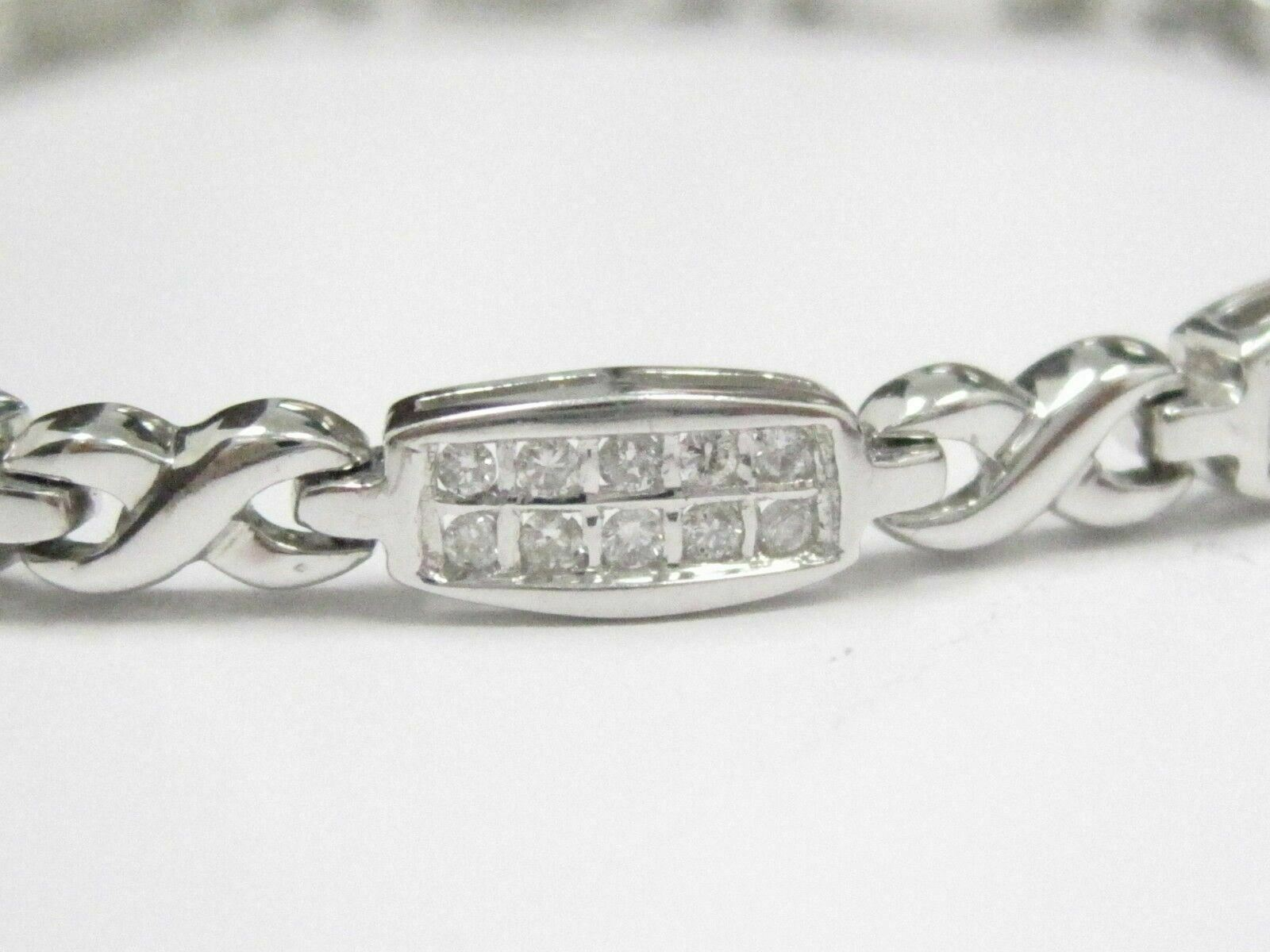 1.70 TCW Round Cut 2 Row Diamond Bracelet 7.5 Inches 18kt White Gold