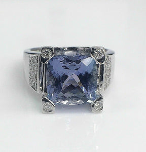 4.58 Carats t,w. Diamond and Tanzanite Cocktail Ring 18K Gold Tanzanite is 4.50