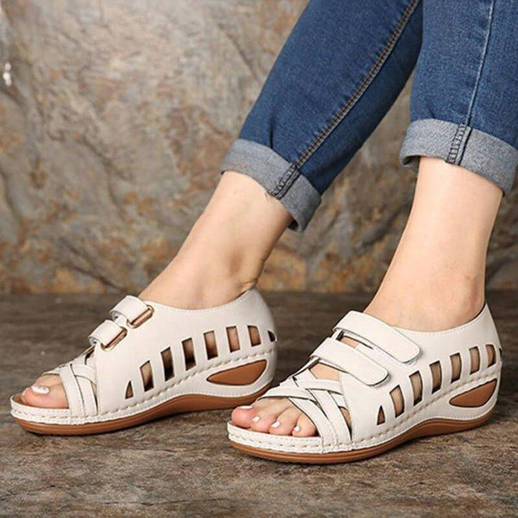 Velcro leather sandals