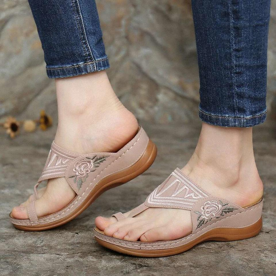 【Last 200 pairs】【Flash Sale💝 35% OFF⭐ Factory Outlet】EMBROIDERY COMFY WEDGES SANDALS