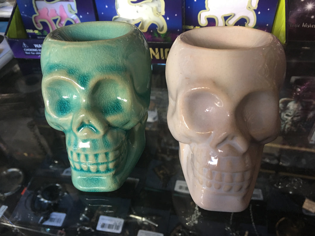 Small skull oil burner