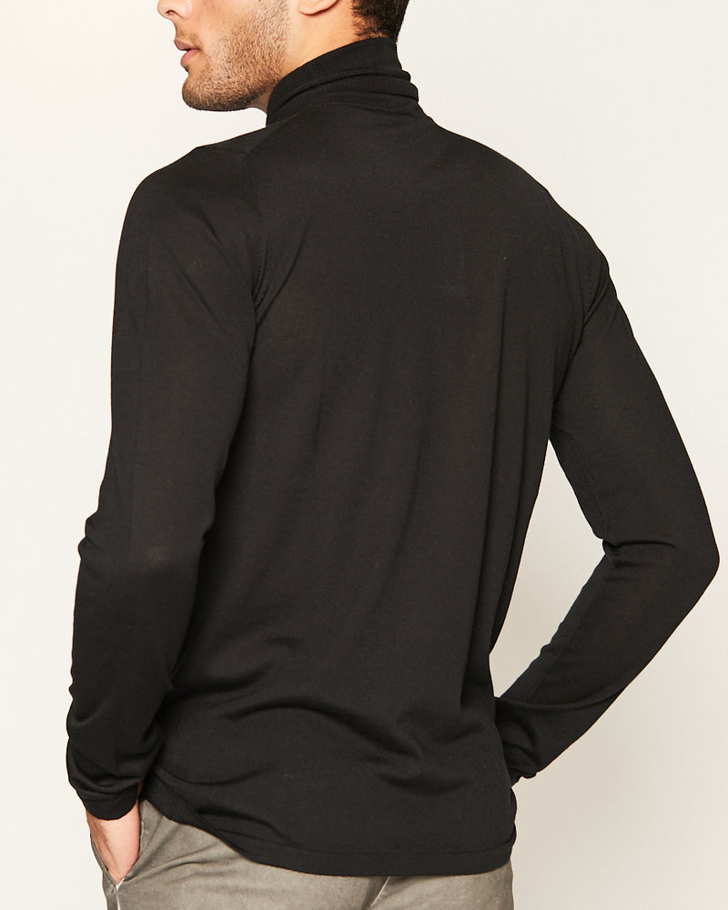 BLACK TURTLENECK LIGHT CASHMERE-Ari Soho