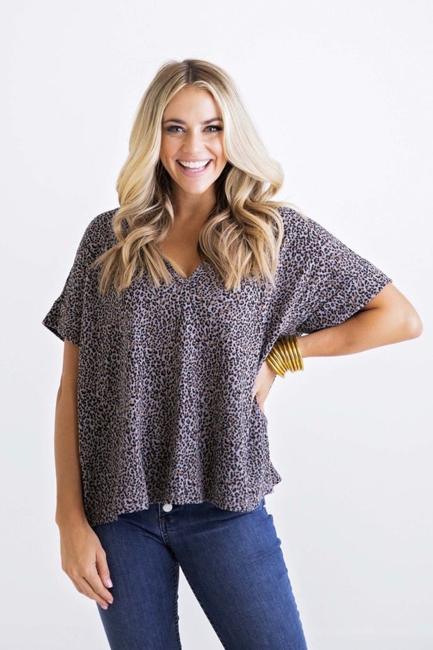LEOPARD KNIT VNECK SIGNATURE TOP
