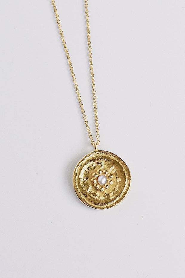 PEARL MEDALLION NECKLACE- GOLD
