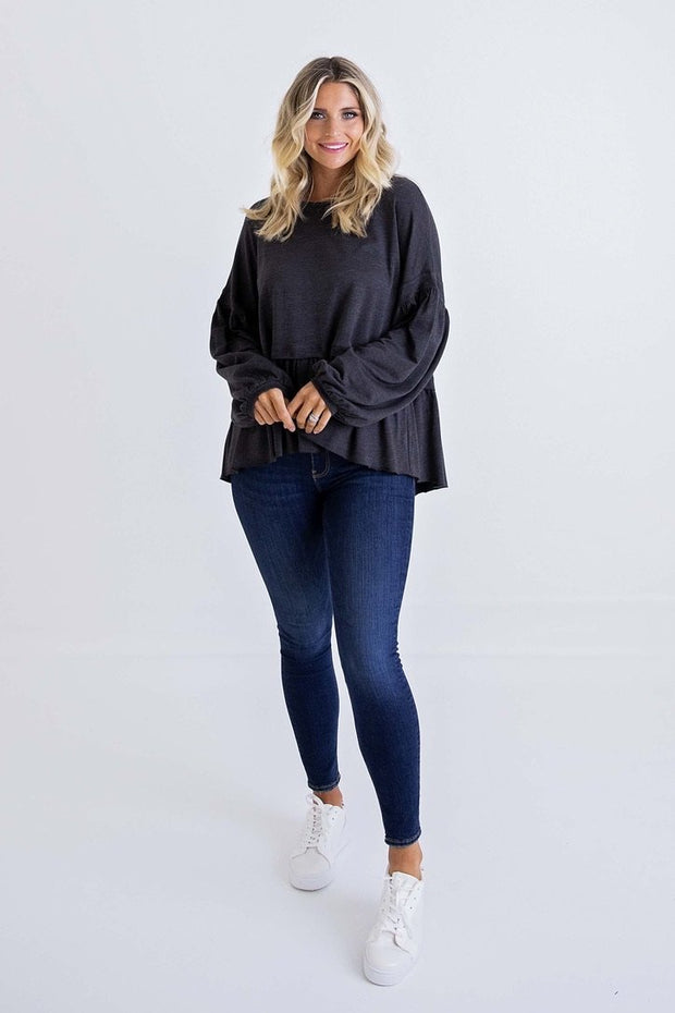 SOLID KNIT OVERSIZED RUFFLE TOP