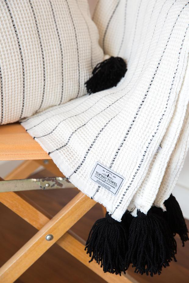 The Bungalow Throw