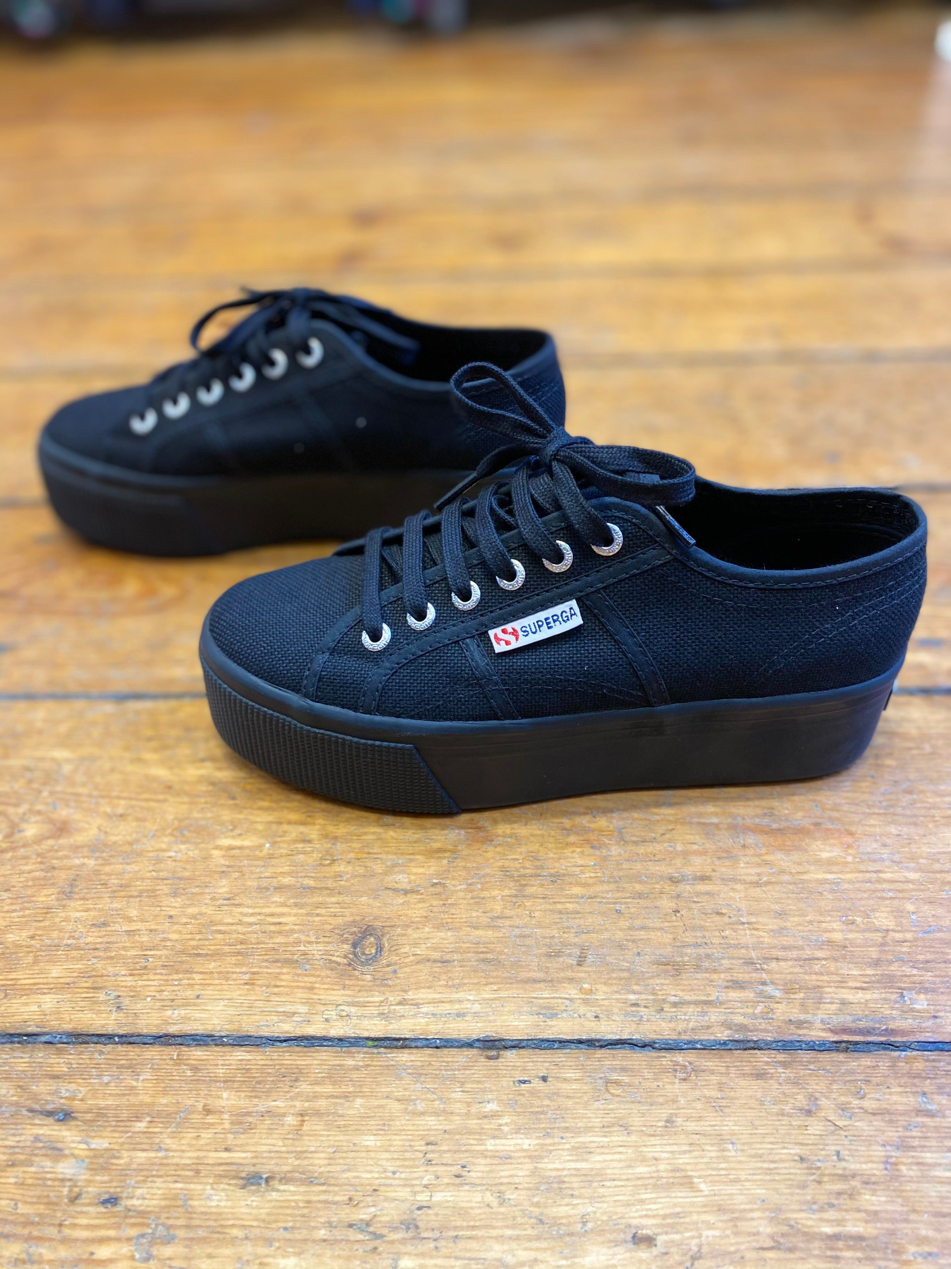 Baskets SUPERGA full black