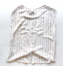 Load image into Gallery viewer, Staccato Short Sleeve Size S