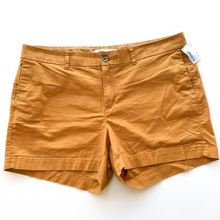 Load image into Gallery viewer, Old Navy Shorts Size 16