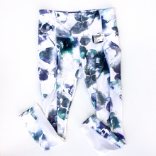 Load image into Gallery viewer, Athleta Athletic Leggings Size S