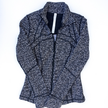 Load image into Gallery viewer, Lululemon Athletica Athletic Jacket Size 6