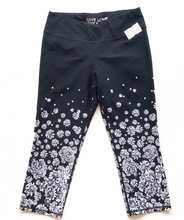 Load image into Gallery viewer, Betseyville Athletic Leggings Size L