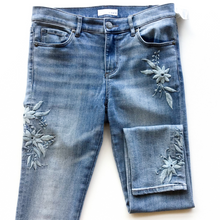 Load image into Gallery viewer, Loft Denim Size 4