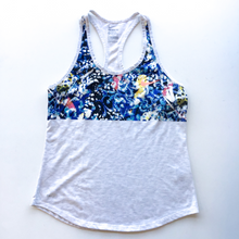 Load image into Gallery viewer, Nike Tank Size M
