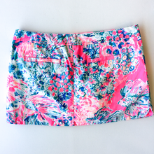 Load image into Gallery viewer, Lilly Pulitzer Skirt Size 8