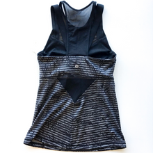 Load image into Gallery viewer, Lululemon Athletic Tank Size 4