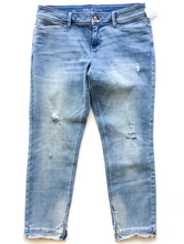 Load image into Gallery viewer, White House Black Market Denim Size 10