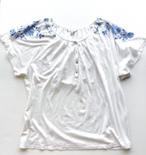 Load image into Gallery viewer, Lucky Brand Short Sleeve Size XL