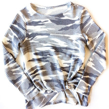 Load image into Gallery viewer, Theo & Spence Long Sleeve Women's XS