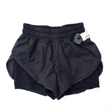 Load image into Gallery viewer, Lululemon Athletic Shorts Size 6