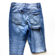 Load image into Gallery viewer, Kancan Denim Size 6
