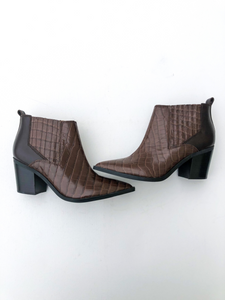 Marc Fisher Boots Size 10