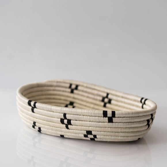 Woven Bread Basket, Cream + Black Diamond
