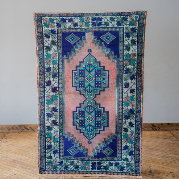 Filiz - Vintage Turkish Rug, 3.8' x 5.9'