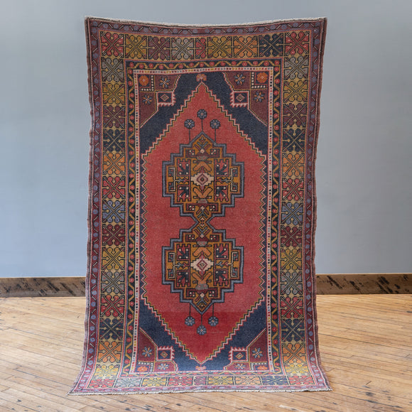 Elmas - Vintage Turkish Rug, 3.6' x 6.5'