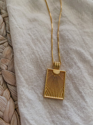 Cascading Sun Medallion Necklace - Mae Cargo