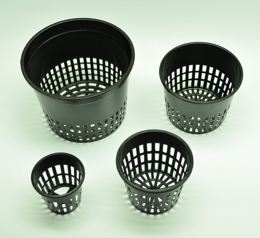 "Overhead view of 2"" 3"" 3.75"" 5"" Black Plastic Net Pots."