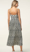 Load image into Gallery viewer, Animal Print Pleated Dress